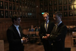 Graduating in Utrecht: My two paranimfs - Auke Rijksma (middle) and Christiaan van Bochove (right) - and me discussing serious matters after my defence.