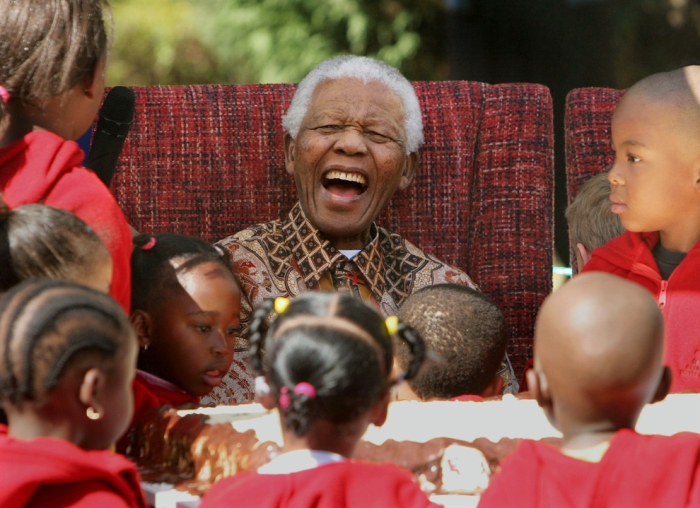 Mandela in 2007 at his 89th birthday (Denis Farrell/Associated Press/File/http://www.boston.com/bigpicture/2013/12/the_world_mourns_mandela.html)